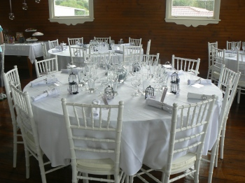 chiavari-chairs-wedding